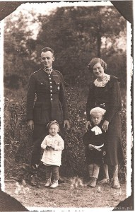 Rtm. Witold Pilecki z rodziną