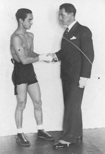 Tadeusz Pietrzykowski z trenerem Feliksem Stammem, Warszawa 1937 r.