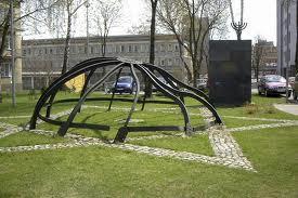 Pomnik na miejscu, gdzie kiedyś była Wielka Synagoga w Białymstoku