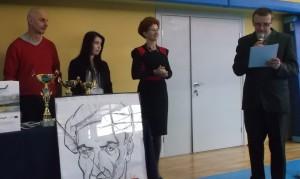 Prof. Paweł Zieliński (z lewej), dyrektor Grażyna Gawłowska i prof. Adam Kurzyński