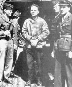 Przekazanie Rudolfa Hőssa przez Anglików władzom polskim