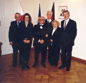 Tadeusz Sobolewicz (w środku), z prawej konsul dr Thomas Gläser