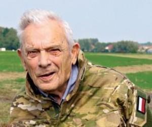 http://www.polityka.pl/tygodnikpolityka/historia/1614695,1,rozmowa-z-aleksandrem-tarnawskim-cichociemnym.read