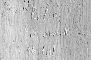 Napis Zofii Zdrowak, cela nr 1 w bloku nr 11