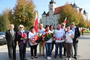 Członkowie Stowarzyszenia Rodzin Polskich Ofiar Obozów Koncentracyjnych