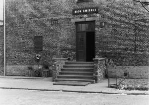 Blok nr 11, w jego podziemiach były cele głodowe